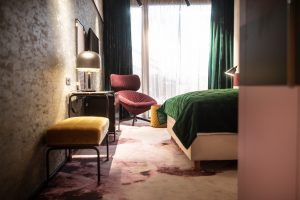 The Hide, Hotel in Films, Blick ins Zimmer